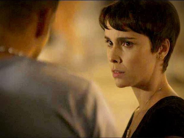Nina diz para Jorginho que tem um namorado argentino (Foto: Avenida Brasil / TV Globo)