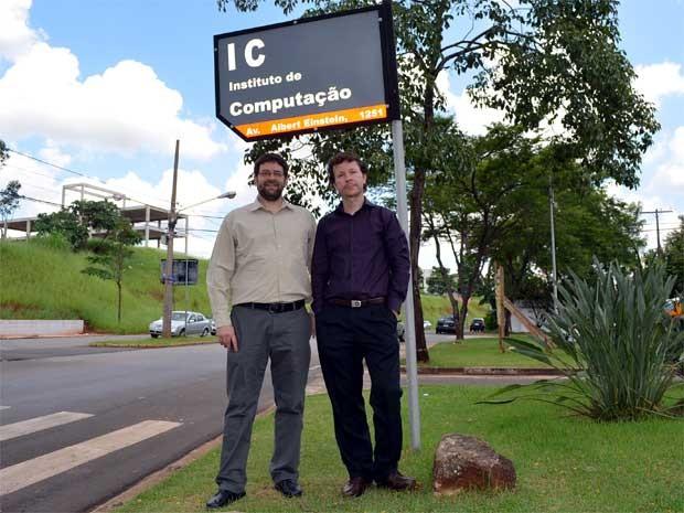 Os professores Siome Klein Goldenstein (à esquerda) e Anderson Rocha, da Unicamp  (Foto: Luciano Calafiori/G1)
