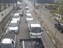 JT1: Balsas paradas causam longas filas na travessia Santos-Guarujá