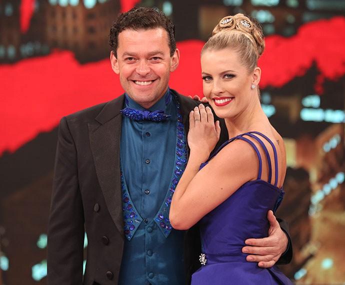 Fernando Rocha ao lado da bailarina, Juliana Valcézia (Foto: Carol Caminha / Gshow)