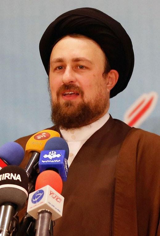 Hassan Khomeini, neto do fundador da República Islâmica do Irã, em foto de arquivo de dezembro de 2015 (Foto: STR / AFP)