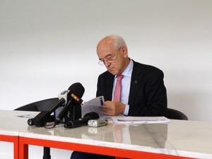 O ministro do Trabalho, Manoel Dias, fala em Salvador sobre a criação de empregos (Foto: Henrique Mendes/G1)
