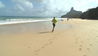 Programa Eu Atleta destaca as atividades esportivas da ilha de Fernando de Noronha