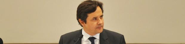 Egresso da Unifor, Edilberto Pontes toma posse na presidência do TCE  (editar título)