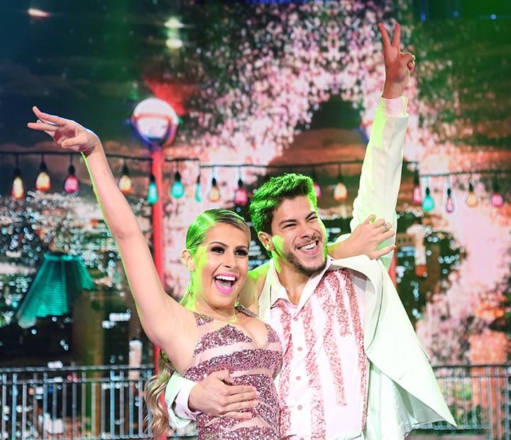 Arthur e Mayara brilham no 'Dança' (Foto: Carol Caminha/Gshow)