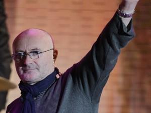 O músico britânico Phil Collins em foto de outubro de 2010 (Foto: Luca Bruno/AP)