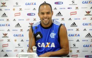 Alecsandro coletiva Flamengo (Foto: Alexandre Vidal / Flaimagem)