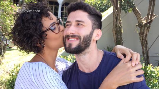 Com quem você vai passar o Dia do Beijo? Veja a participação do público