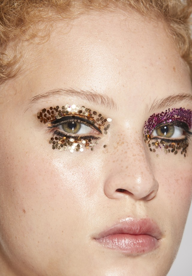Glitter grande em dourado e pink (Foto: Vivi Bacco, para Jake Falchi)