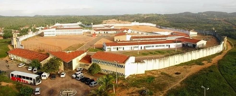 Penitenciária Estadual de Alcaçuz, maior unidade prisional do Rio Grande do Norte, é um dos locais onde são cumpridos mandados da operação Juízo Final (Foto: Ney Douglas)