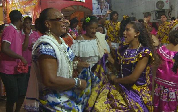 Dançarinas de marabaixo em Macapá (Foto: Reprodução/TV Amapá)