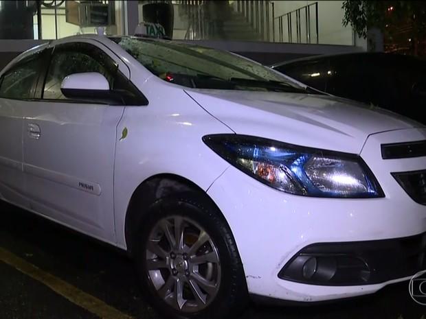 Taxista foi preso por suspeita de estupro de passageira (Foto: TV Globo/Reprodução)