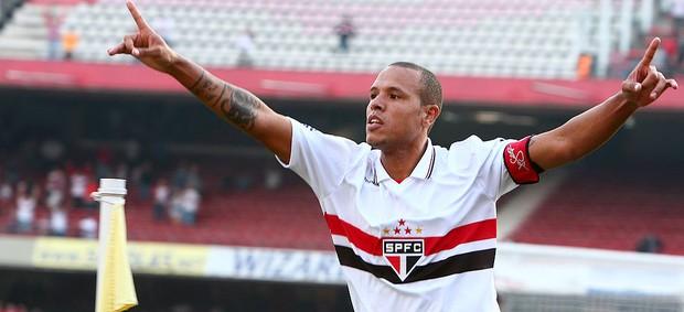 Luis Fabiano comemoração, São Paulo x Atlético-MG (Foto: Idário Café / Vipcomm)