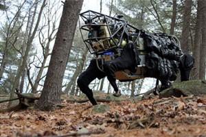 O robô LS3, da Boston Dynamics, que funciona como um animal de carga para tropas militares. (Foto: Divulgação/Boston Dynamics)