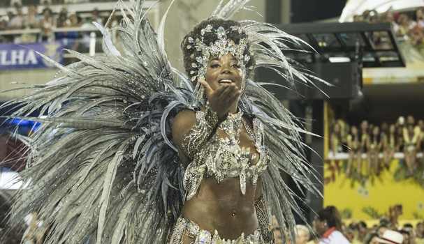 Ludmilla como musa do Salgueiro no Carnaval 2016 (Foto: Getty Images)