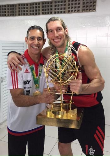 José Neto e Walter Herrmann campeões flamengo nbb (Foto: Reprodução/Instagram)