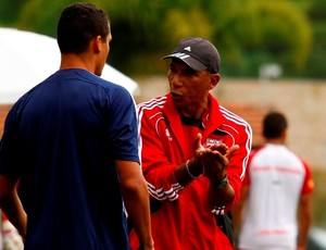 Hemerson Maria, técnico do RB Brasil (Foto: Gustavo Tílio / RB Brasil)