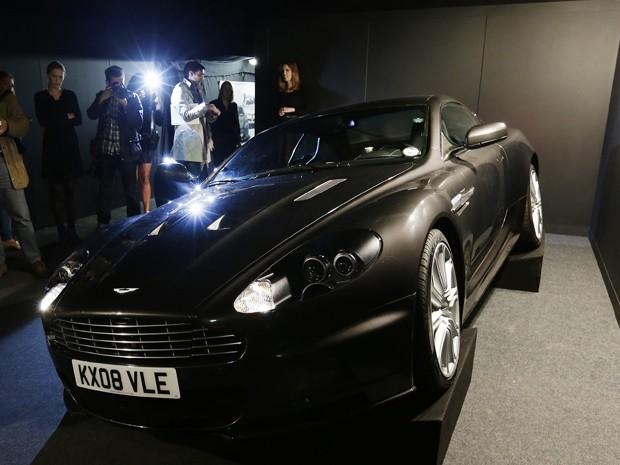 681291a5bbbf8 G1 - Carro e relógios estão entre objetos de James Bond leiloados em ...