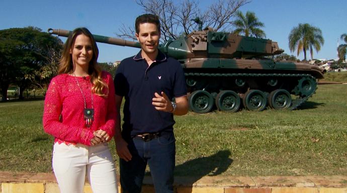 O cenário militar da Escola de Cadetes, em Campinas (SP), encanta os visitantes (Foto: reprodução EPTV)