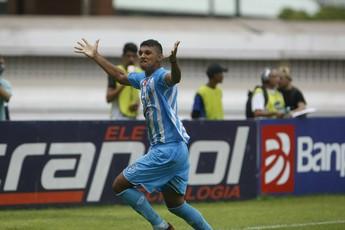 Zagueiro Raul - Paysandu (Foto: Marcelo Seabra / O Liberal)