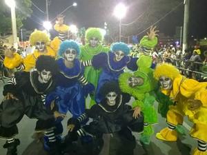 Comissão de frente Unidos das Vilas do Retiro carnaval 2015 (Foto: Roberta Oliveira/ G1)