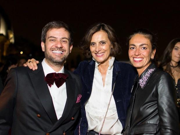 Bruno Astuto, Ines de la Fressange e Bruno Astuto, Ines de la Fressange e Viviana Volpicella 02 (Foto: Romeo Balancourt)