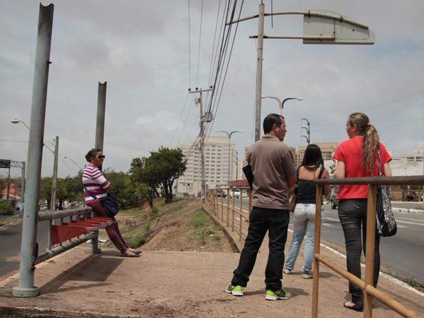 Abrigo no bairro do Cohafuma não possui mais cobertura (Foto: Flora Dolores / O Estado)