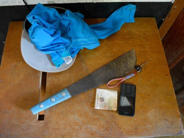 Segundo vítima, assaltantes a renderam com um facão (Foto: Franciele do Vale/ G1)