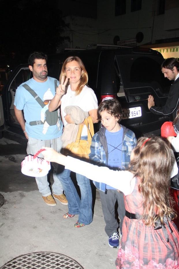 Famosos vão a festa de aniversário de João Vicente, filho de Lázaro Ramos e Taís Araújo (Foto: Rodrigo dos Anjos/AgNews)