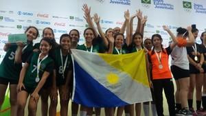 Com a vitória as meninas conseguem o acesso para a segunda divisão nos jogos (Foto: Philipe Bastos/Governo do Tocantins)  Handebol feminino do Tocantins comemora inédita medalha de prata nos Jogos Escolares da Juventude dada