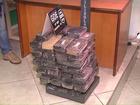 PRF apreende 80 kg de crack em fundo falso de caminhão no Paraná