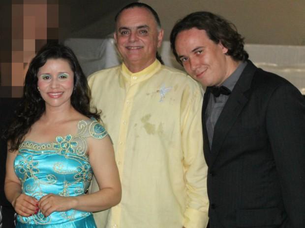 Leila Brito, Aristonio Canela e Saulo Leoni apresentaram canção 'Inverno Encantado'. (Foto: Leila Brito / Arquivo Pessoal)