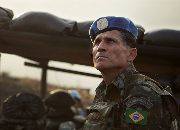 General Santos Cruz, do Brasil, comanda missão no Congo (Foto: Sylvain Liechti/ONU/divulgação)