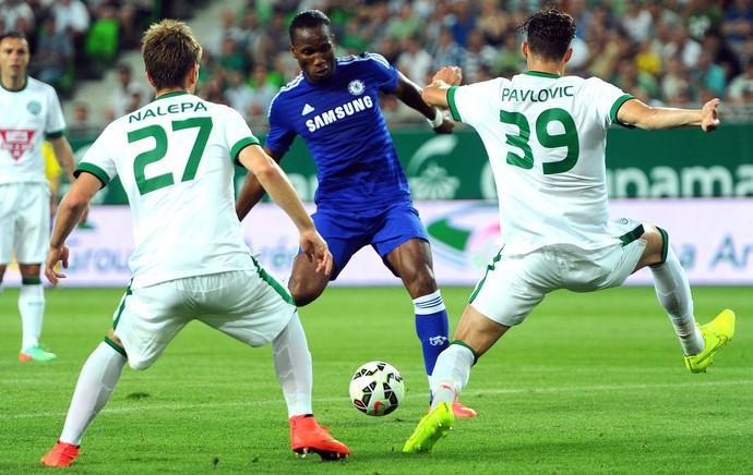 Drogba, Chelsea e Ferencvaros (Foto: Agência AFP)