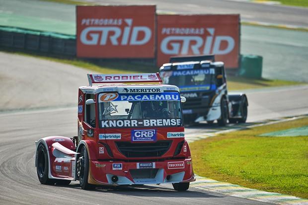 Roberval Andrade e seu Truck Iveco #15 (Foto: Duda Bairros/MF2)