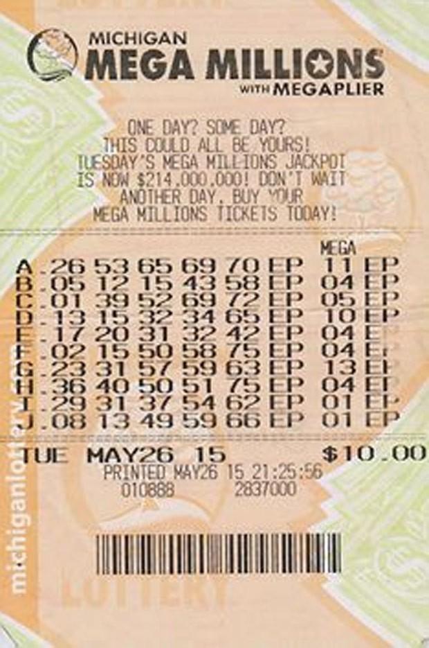 Linda Tuttle descobriu bilhete premiado após quase 4 meses (Foto: Michigan Lottery)