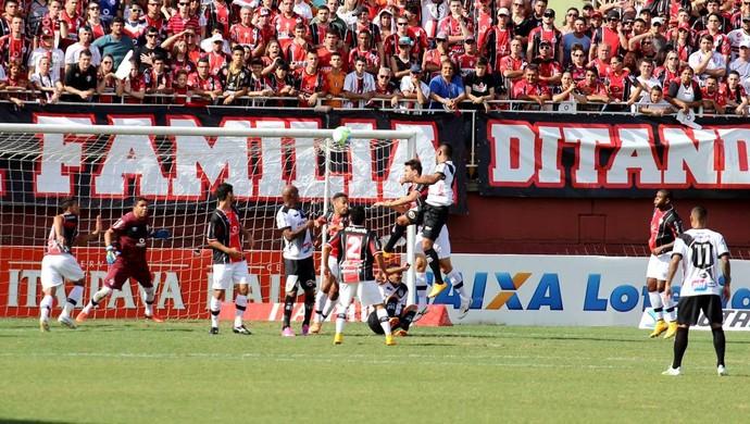 Ivan Joinville x Ponte Preta (Foto: José Carlos Fornér/JEC)