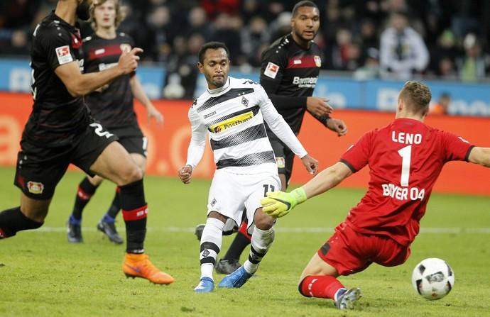 Raffael, Bayer Leverkusen x Borussia Mönchengladbach (Foto: EFE/EPA/MIKA VOLKMANN )