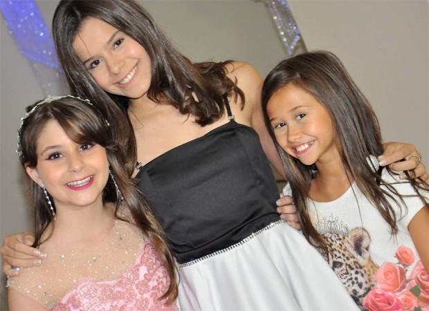 Isabella Koppel, Gabriella Saraivah e Nathália Costa (Foto: Vivian Corecha)