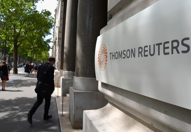 Logo da Thomson Reuters em prédio em Paris, França (Foto: Pascal Le Segretain/Getty Images)