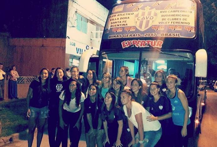 Villa Dora, Argentina, vôlei, ônibus, Sul-Americano de vôlei de Clubes (Foto: Reprodução/Instagram)