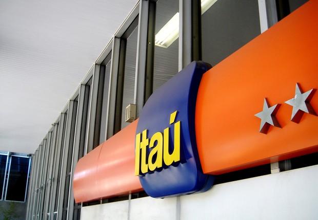 Fachada de agência do Banco Itaú na Avenida Paulista, em São Paulo (Foto: Reprodução/Facebook)