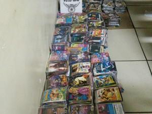 Material estava com cinco pessoas suspeitas de pirataria (Foto: Divulgação/ Polícia Militar)