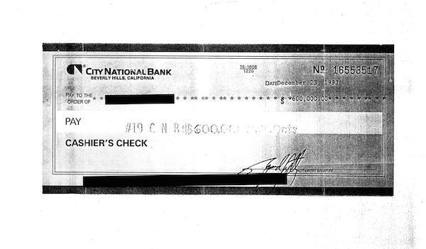 O suposto cheque depositado por Michael Jackson (Foto: Reprodução)