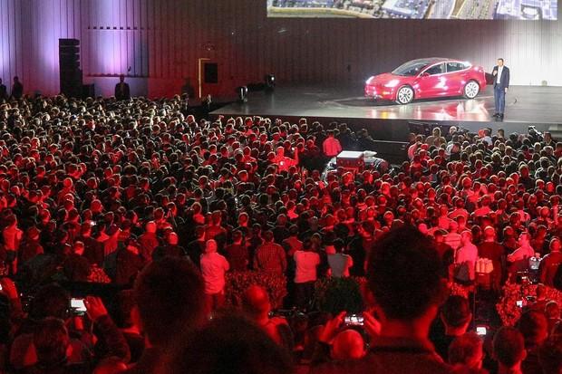 Evento Tesla Model 3 (Foto: Reprodução Tesla Instagram )