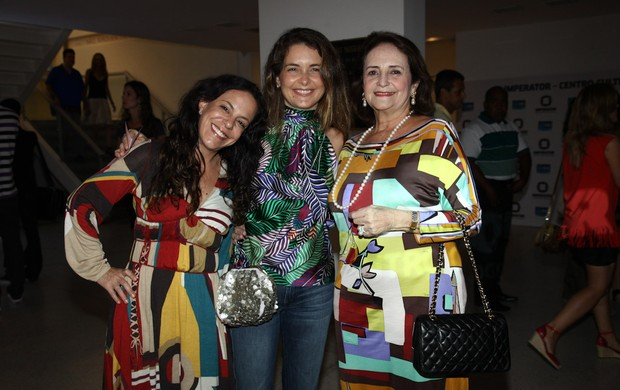 Bebel Gilberto, Claudia Abreu e Lucinha Araújo (Foto: Manuela Scarpa/Foto Rio News)