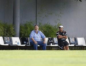 Muricy Ramalho Luis Alvaro Santos (Foto: Ricardo Saibun / Divulgação Santos FC)