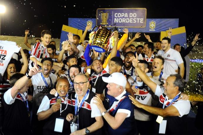 Santa Cruz campeão Copa do Nordeste Campinense (Foto: Ademar Filho / Agência Estado)