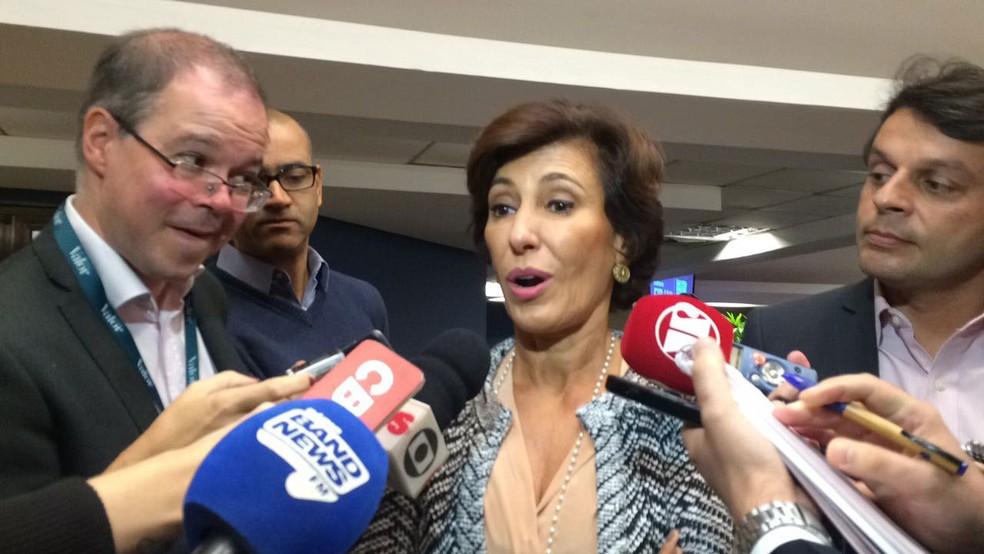 A presidente do BNDES, Maria Silvia Bastos, concede entrevista durante evento no Rio de Janeiro (Foto: Daniel Silveira/G1)