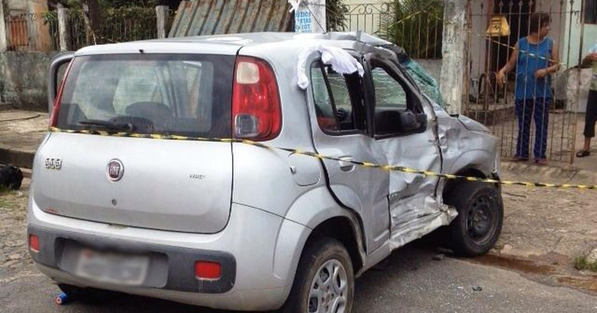 Menina de um ano morre após batida entre carro e caminhão em ... - Globo.com